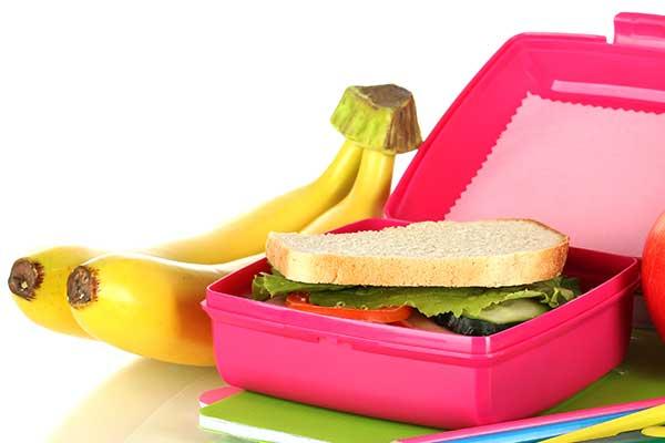 高分子化合物类食品容器主要的卫生问题是